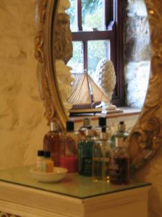 The Pink Bedrooms en suite