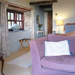 Squashy Sofas Uk Sofa Usage A Vendre Sherbrooke Ednovean Farms Secluded Private Ensuite Blue Room With