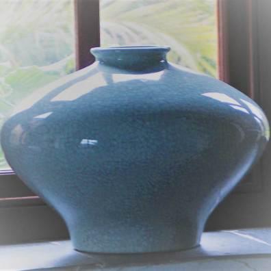 blue glazed pot