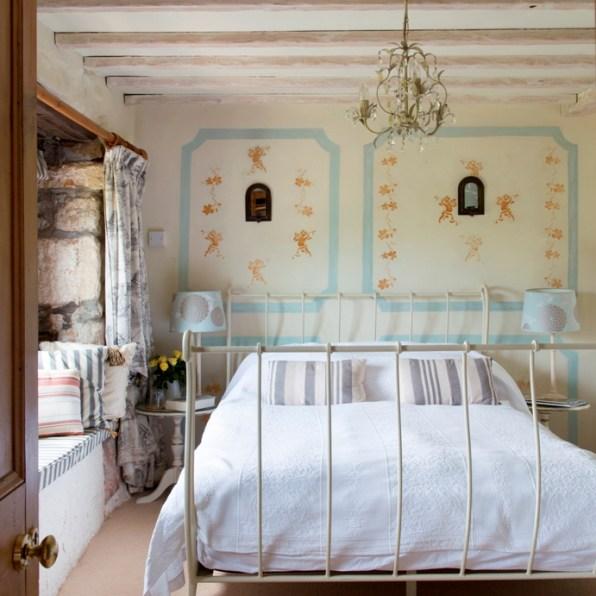 Iron framed sleigh bed