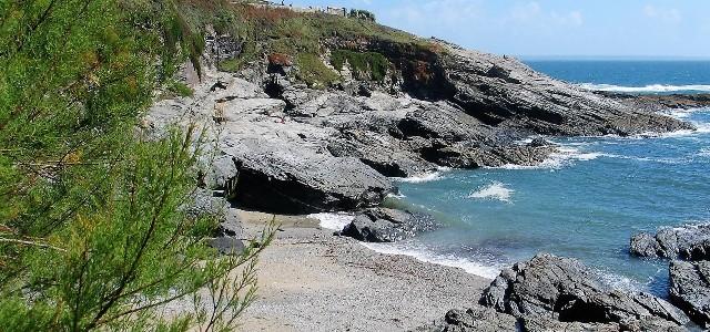 Prussia Cove granite cliffs and sand