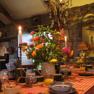 A farmhouse table for B&B