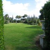 Through the urns to the main lawn