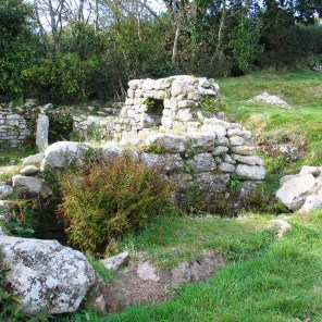 A cottage tucked amongst the ruins - the ocurtyard houses ere used for vegatale plots and pig styes