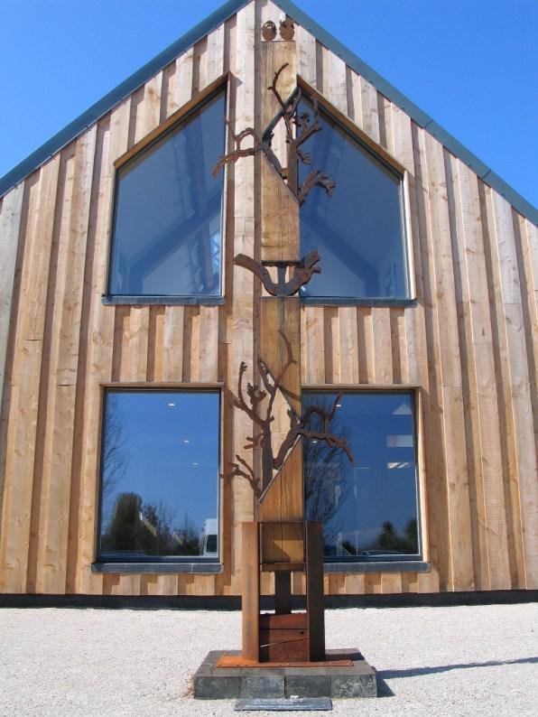 striking contemporary oak framed building