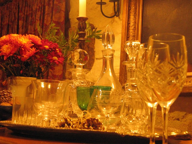Christmas drinks tray with decanters