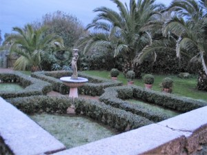 A dusting of snow on the parterre