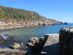 Harbour wall and shletering landscape - lamorna cove