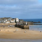 Cornish harbour St ives -summer holiday discounts