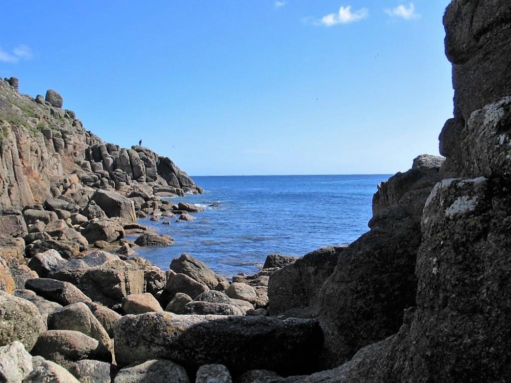 Porthgwarra - the rocky north cove