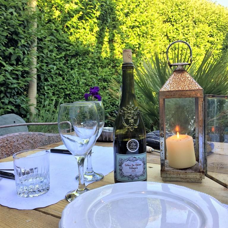 May garden  - alfresco suppers