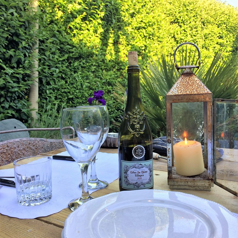 May garden  - alfresco suppers