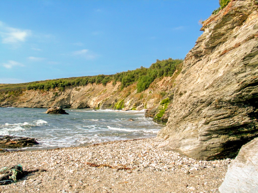 Quarantine holiday dreams - a remote cornish cove accessible only on foot