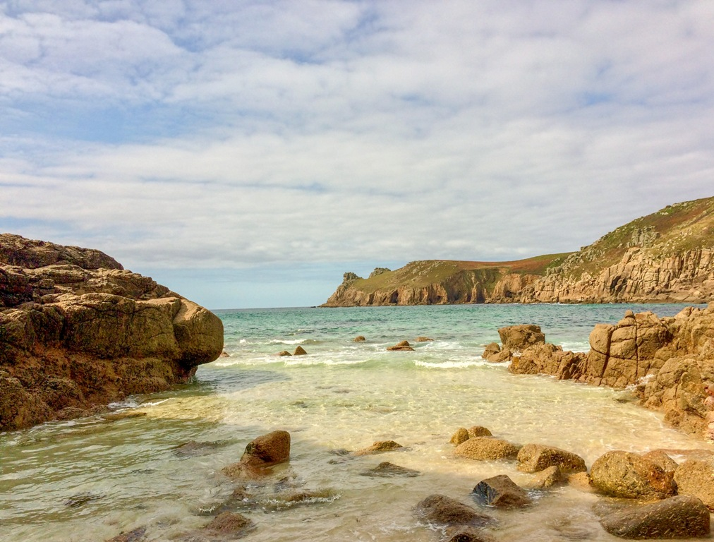 Nanjizel beach - secret beach near Land's End
