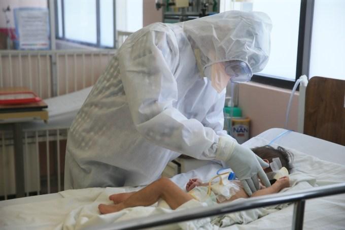 DURANTE PANDEMIA HOSPITAL PARA EL NIÑO DEL #IMIEM ATIENDE A 201 MENORES CONTAGIADOS DE #COVID-19. ALFREDO DEL MAZO RECONOCE QUE ... 4