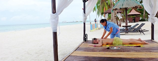 Full body massage by the beach
