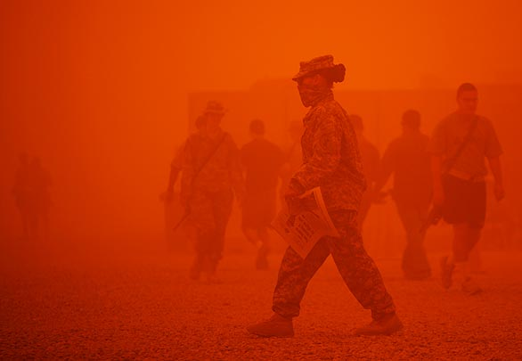 Iraq dust storm AP