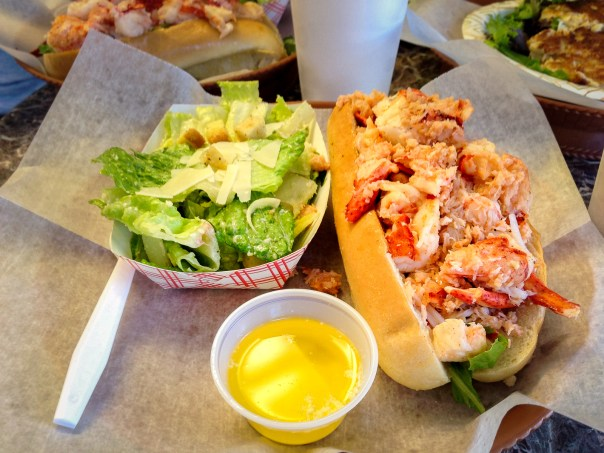 Cafe Heavenly Lobster Roll