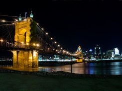 Cincinatti Ohio - Roebling Bridge