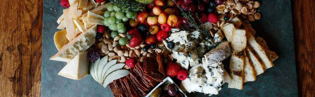 Cheese-and-Fruit-Platter