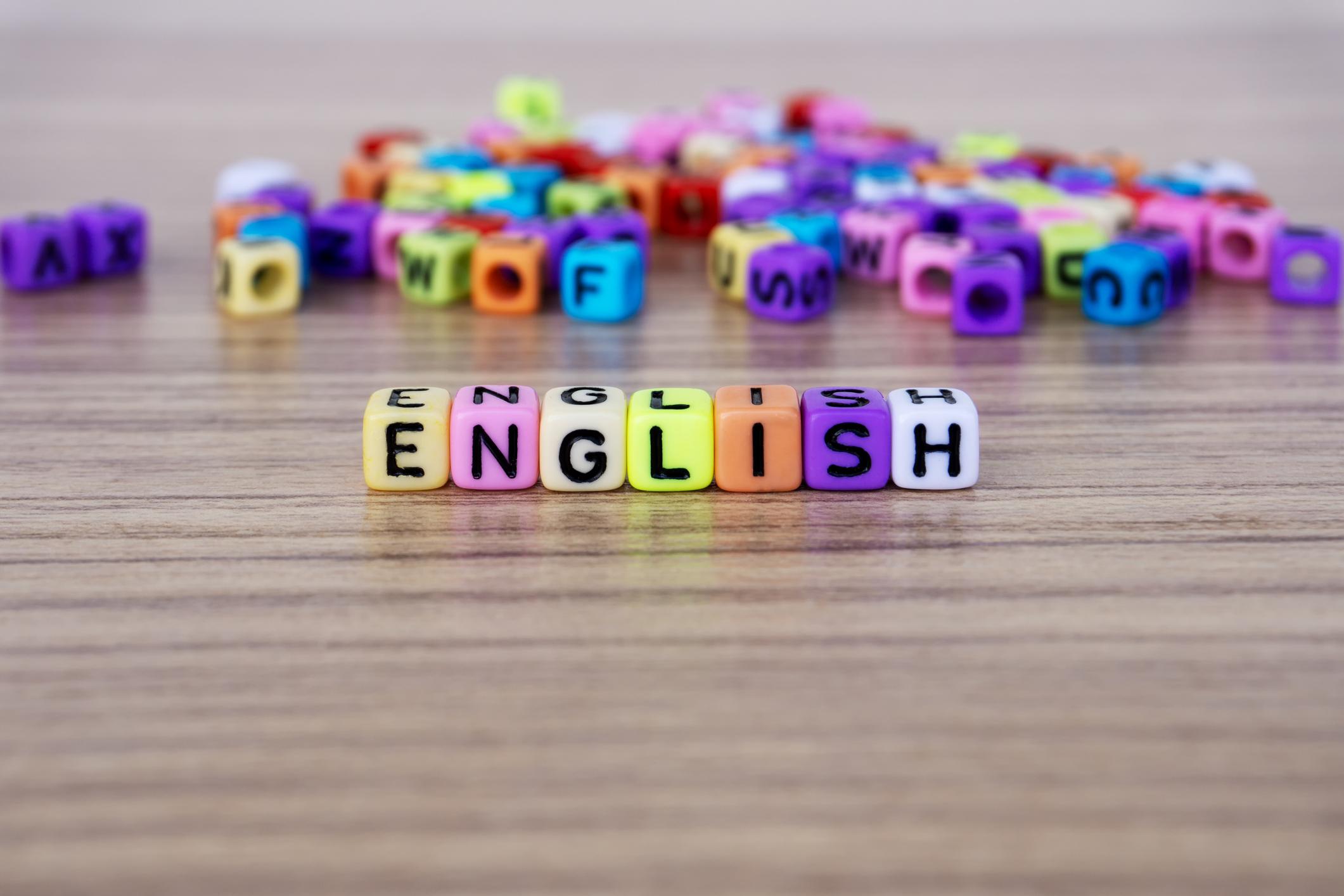 Idiom bahasa Inggris memiliki makna kiasan, meskipun ada juga yang harfiah - Edu2Review