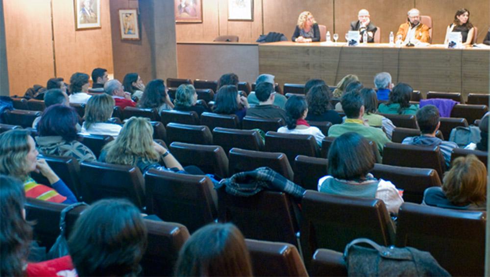 """Presentación del Libro: """"Terapia Familiar Sistémica"""" en el Centro Español de Nuevas Profesiones en Madrid 2010"""