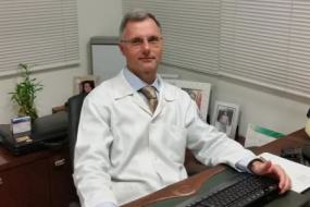 Dr. Eduardo Mazzucchi