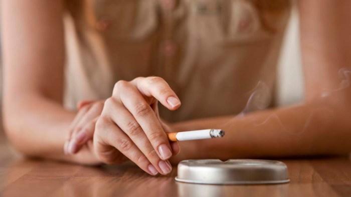 O cigarro é prejudicial tanto aos olhos quanto aos pulmões