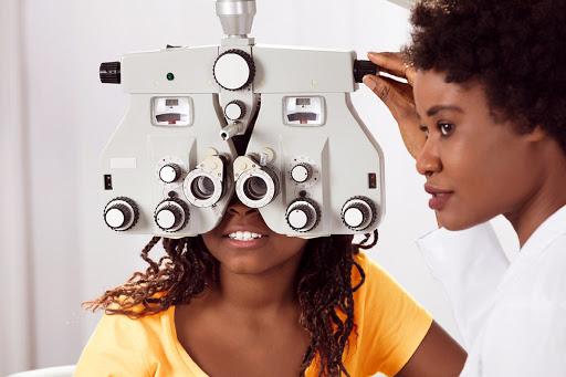 Exame oftalmológico de rotina: quando retornar ao oftalmologista para checar o grau?