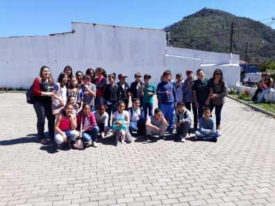 Participação dos alunos da Rede Municipal na Praça de Vargem Grande