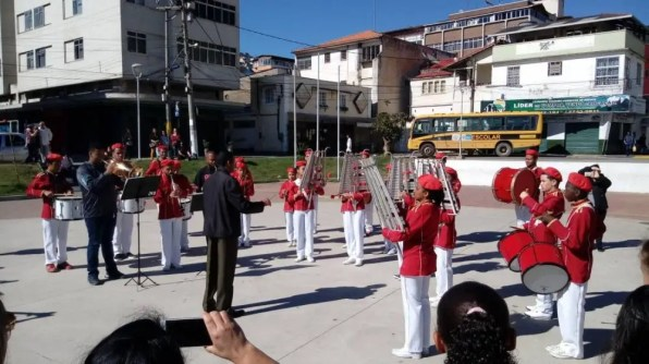 Apresentação da Banda do Sakurá