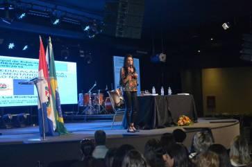 Avaliadora educacional do MEC, Cintia da Luz, na Conferência Municipal de Educação de Teresópolis - 2018