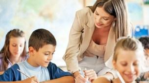 Como contratar professor de educação infantil