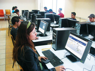 A través de la redes sociales: Oportunidad para captar alumnos