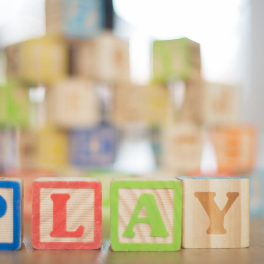 juguetes niños con tdah