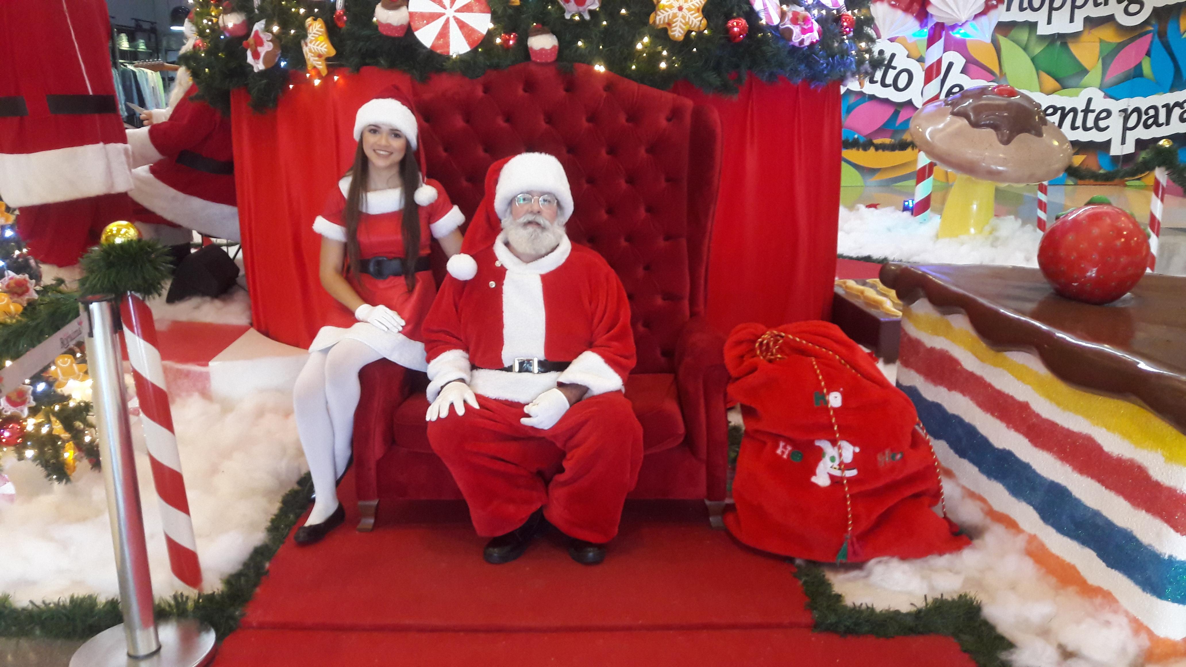 A Rena Mais Famosa Do Papai Noel trabalho como papai noel garante renda extra e a alegria da