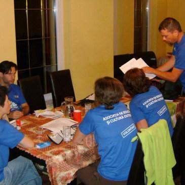 Se caută voluntari pasionați de munte