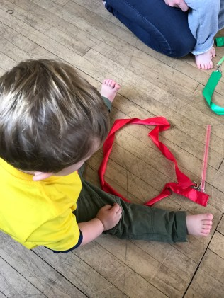 Making circles with a ribbon