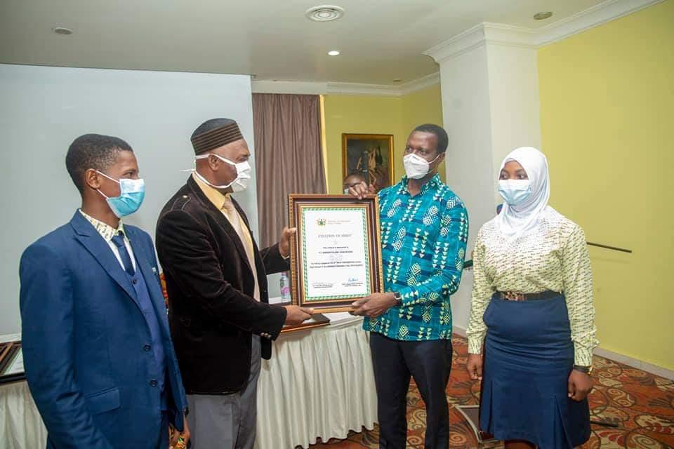 Adutwum presents Citations to 12 SHSs in Ashanti Region over Excellent Performance in WASSCE 4