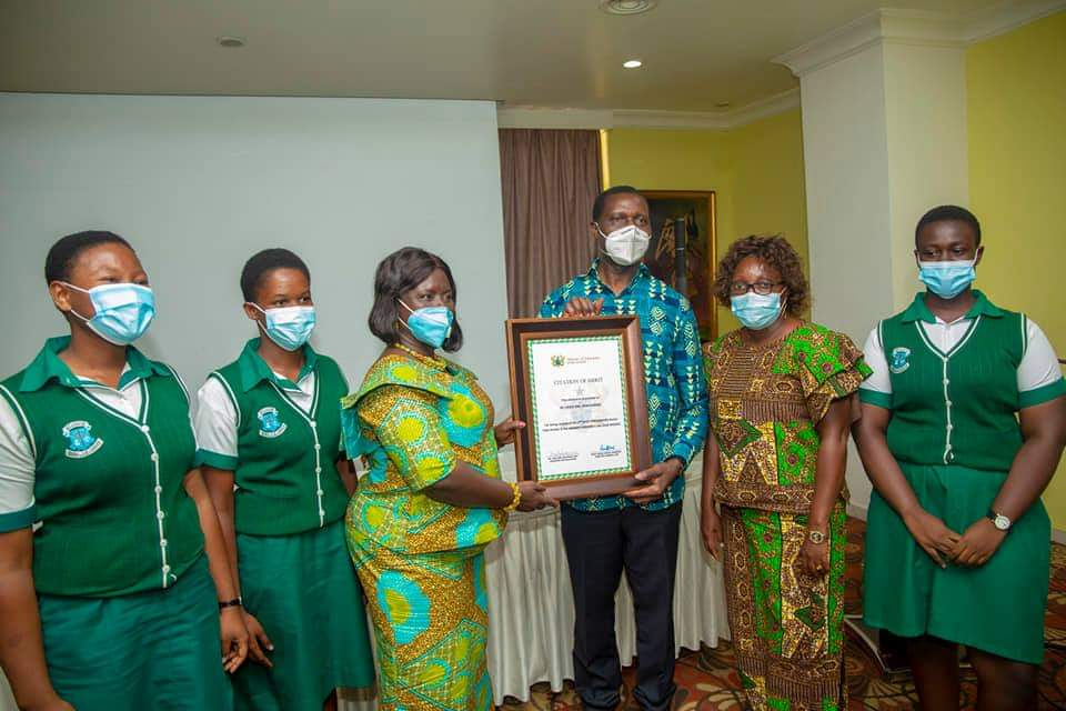Adutwum presents Citations to 12 SHSs in Ashanti Region over Excellent Performance in WASSCE