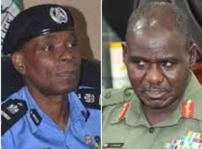 Press freedom: Soldiers, Police, barricade Sahara Reporters Lagos office