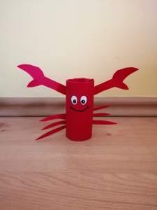 """""""Krab"""" – praca plastyczna z wykorzystaniem rolki"""