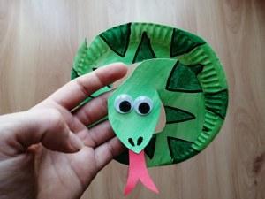 Wąż - praca plastyczna z wykorzystaniem talerzyka papierowego