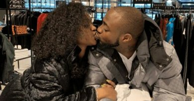 Davido and Chioma Reunite In London With Passionate Kiss (Photo)