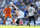 Everton run riot to rout miserable Man Utd