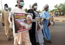 El-Zakzaky: Shiite Members Protest In Abuja Despite Lockdown, Rock Face Masks (Pics)