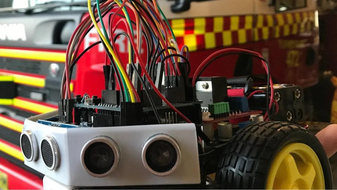 YICTE Annoyatron Board Robot