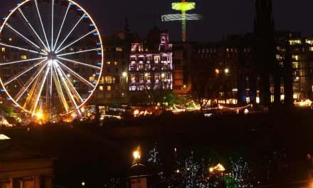 Cinnamon and Stolen Smiles: Edinburgh Christmas Market