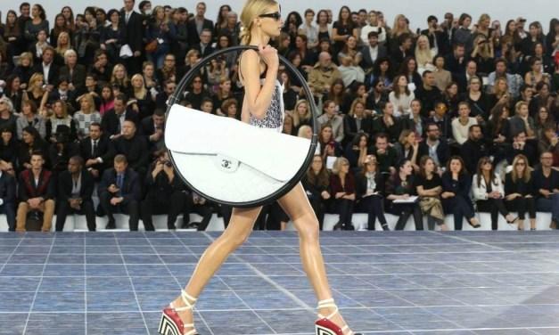 What's in a Girl's Handbag?