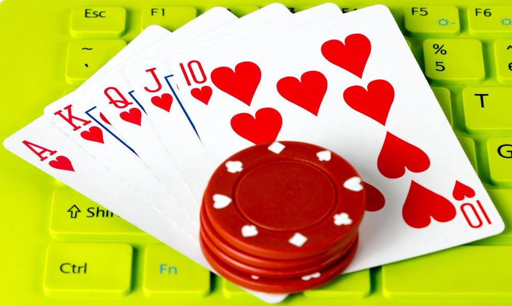 Virtual Splendor: The World of Online Gambling